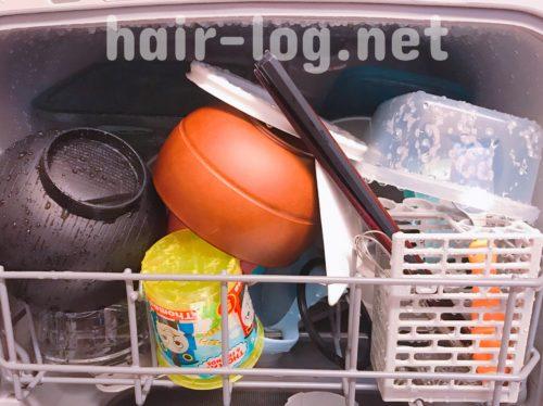 食器の入れ方はこんな感じ。エスケイジャパン Jaime 食器洗い乾燥機 工事不要 SDW-J5L